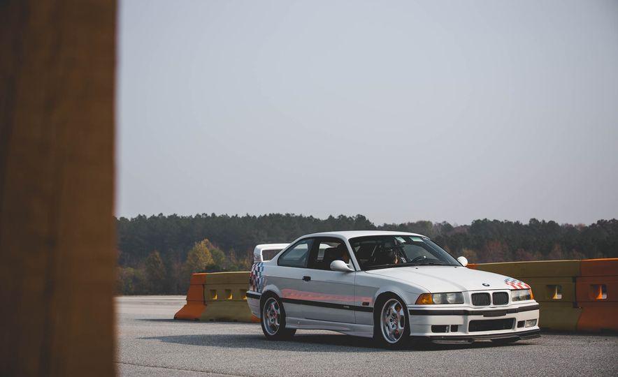 1995 BMW M3 Lightweight - Slide 26