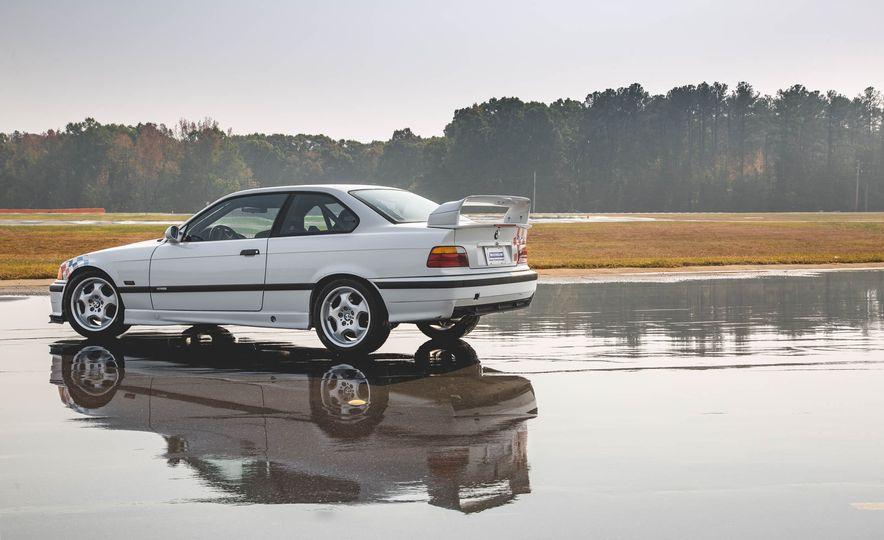1995 BMW M3 Lightweight - Slide 28