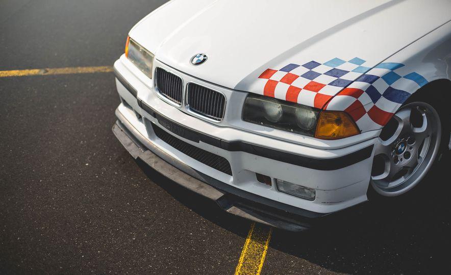 1995 BMW M3 Lightweight - Slide 30