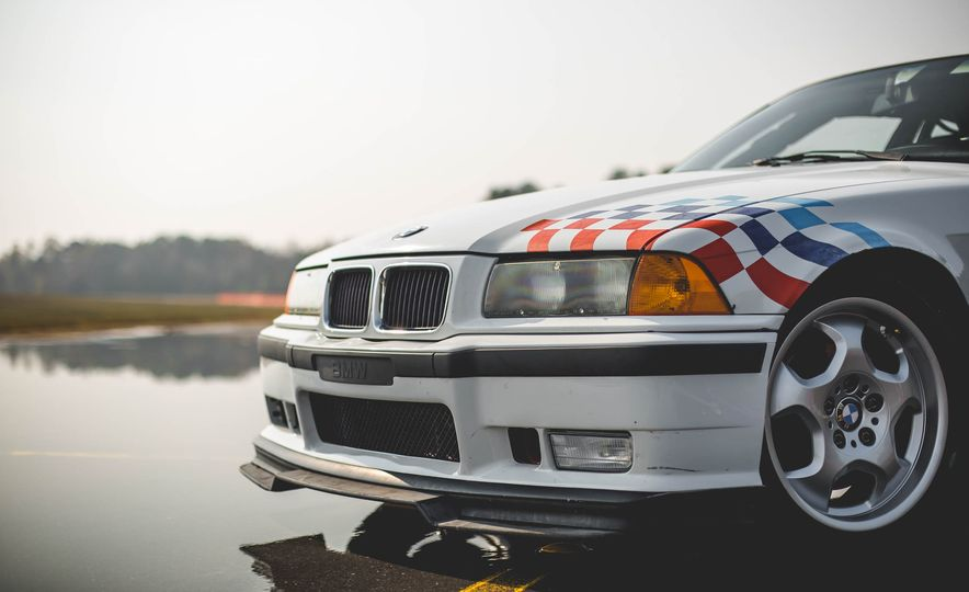 1995 BMW M3 Lightweight - Slide 34