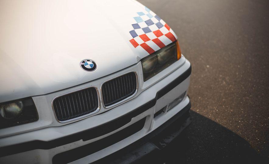 1995 BMW M3 Lightweight - Slide 37