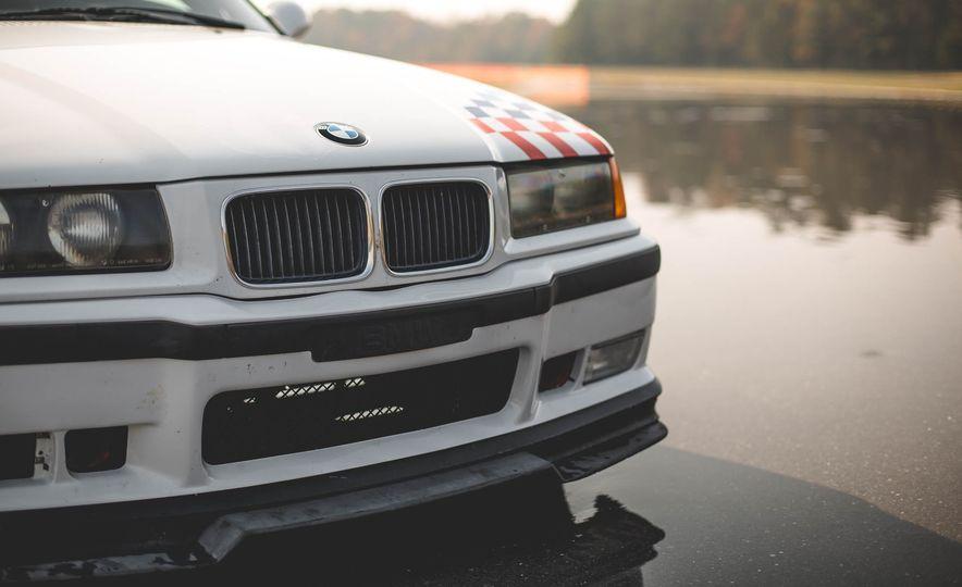 1995 BMW M3 Lightweight - Slide 38