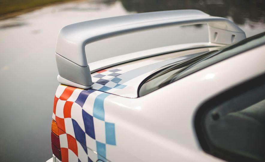 1995 BMW M3 Lightweight - Slide 46