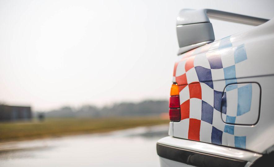 1995 BMW M3 Lightweight - Slide 47