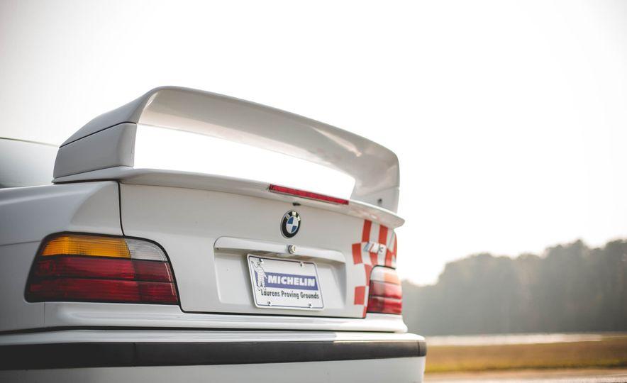 1995 BMW M3 Lightweight - Slide 49