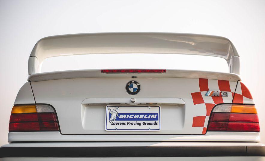 1995 BMW M3 Lightweight - Slide 50
