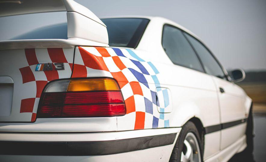 1995 BMW M3 Lightweight - Slide 51