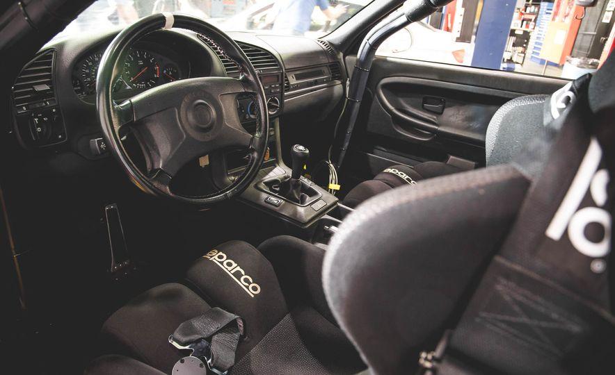 1995 BMW M3 Lightweight - Slide 59