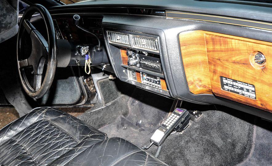 1988 Cadillac Trump Golden Series Limousine - Slide 6