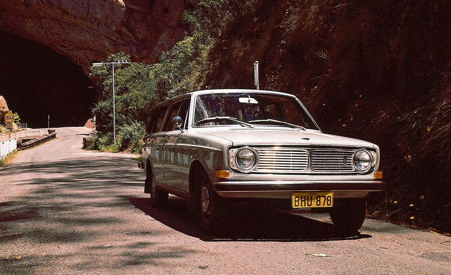 Volvo 145 - Slide 2