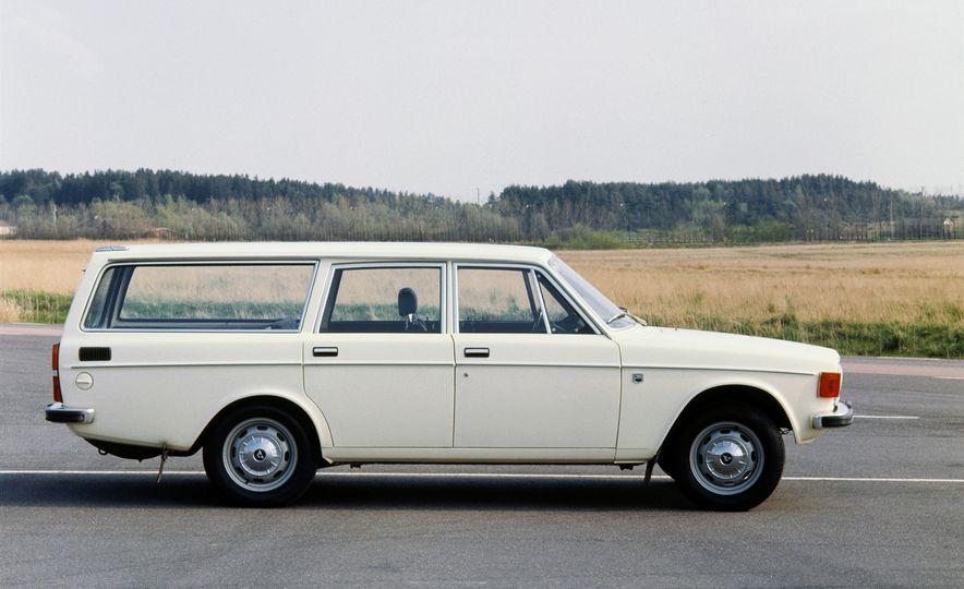 Volvo 145 - Slide 3