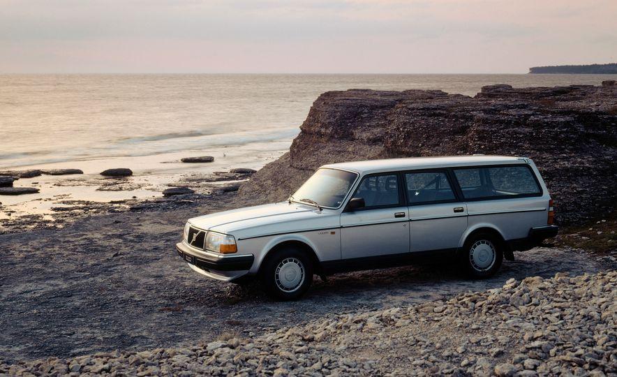 Volvo 145 - Slide 8