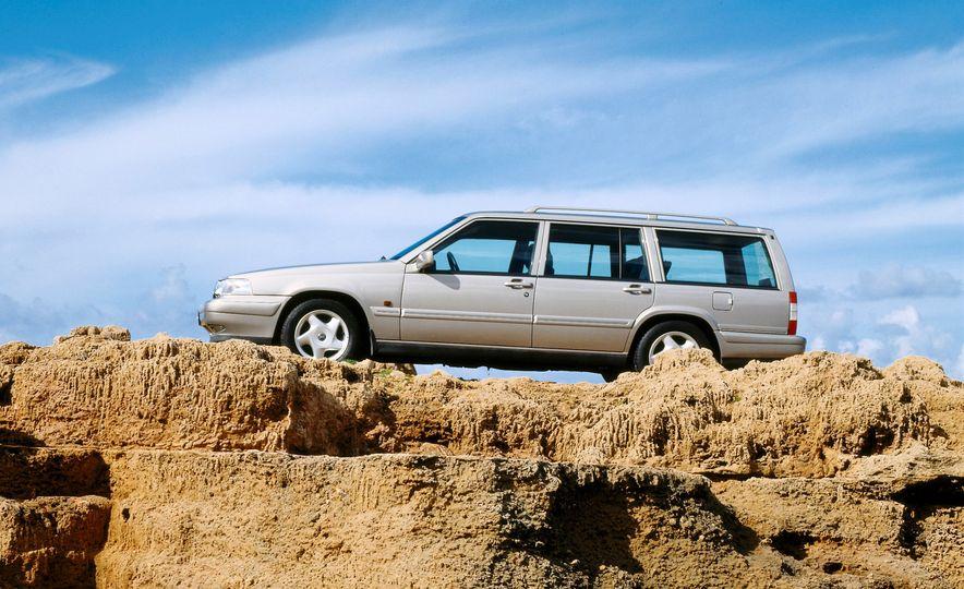 Volvo 145 - Slide 19