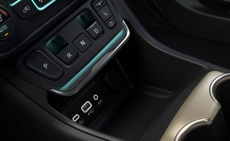 "GMC Touts ""Intuitive"" New Shifter on 2018 Terrain"