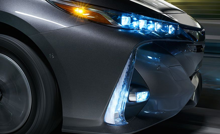 10 Cutting-Edge Auto Technologies Setting a New Standard - Slide 2