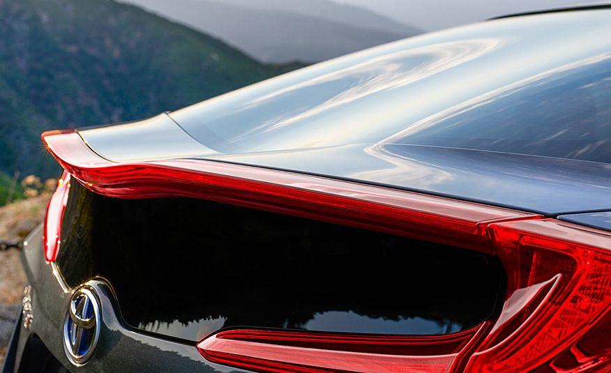 10 Cutting-Edge Auto Technologies Setting a New Standard - Slide 4