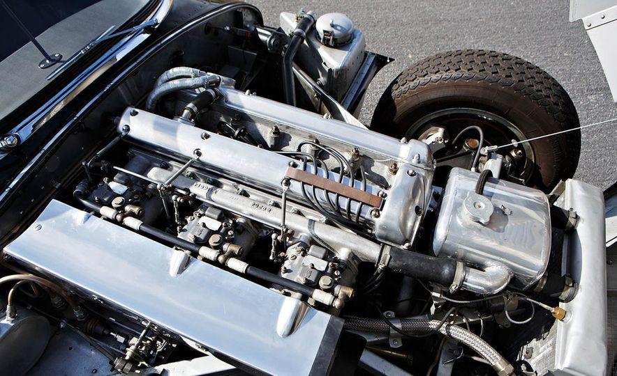 1957 Jaguar XKSS - Slide 5