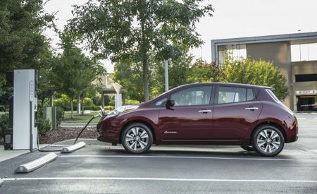 Free Fast Charging Is Helping to Sell EVs, But Should Automakers Subsidize It?