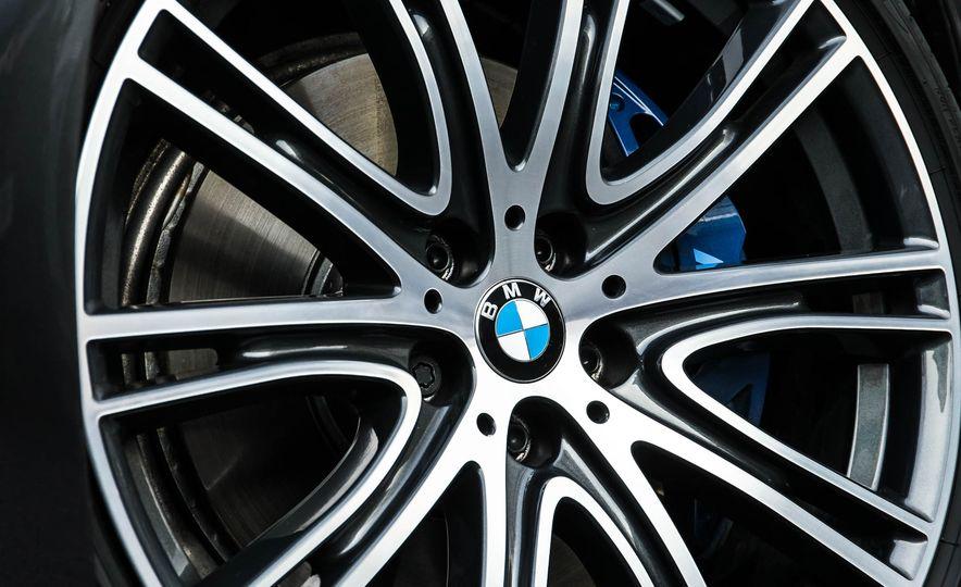 2017 BMW 530d xDrive M-Sport sedan (Euro-spec) - Slide 20