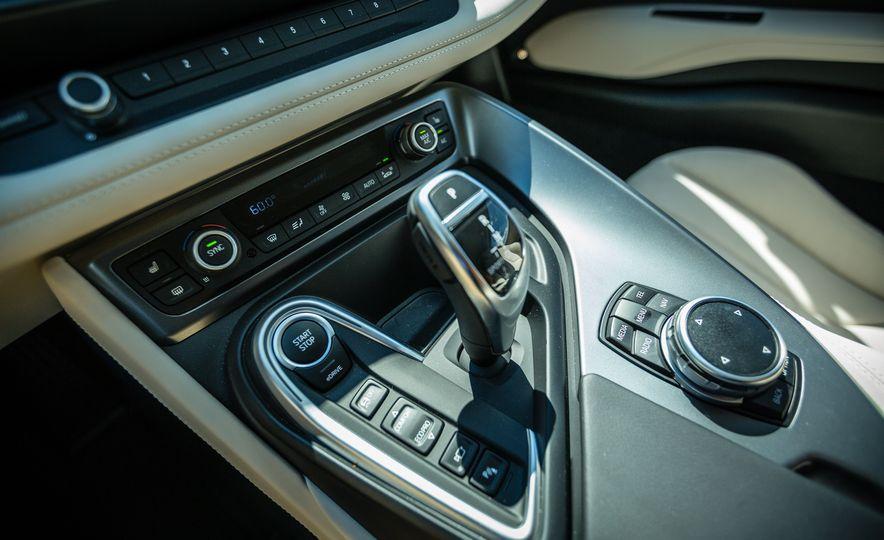 2017 BMW i8 – Overview - Slide 26
