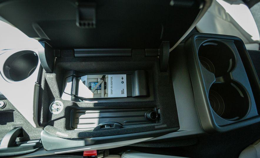 2017 BMW i8 – Overview - Slide 29