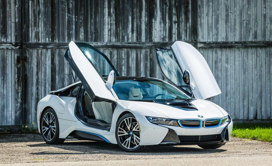 2017 BMW i8 – Overview - Slide 33