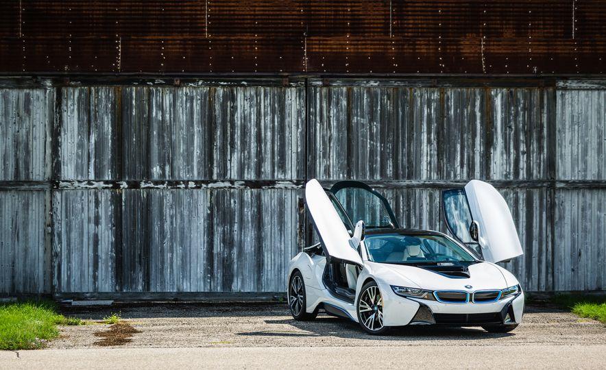 2017 BMW i8 – Overview - Slide 34