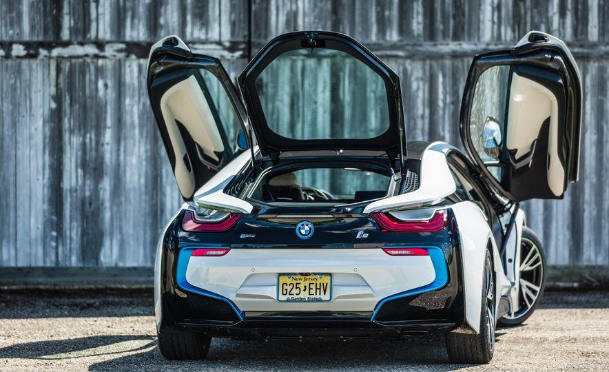 2017 BMW i8 – Overview - Slide 37
