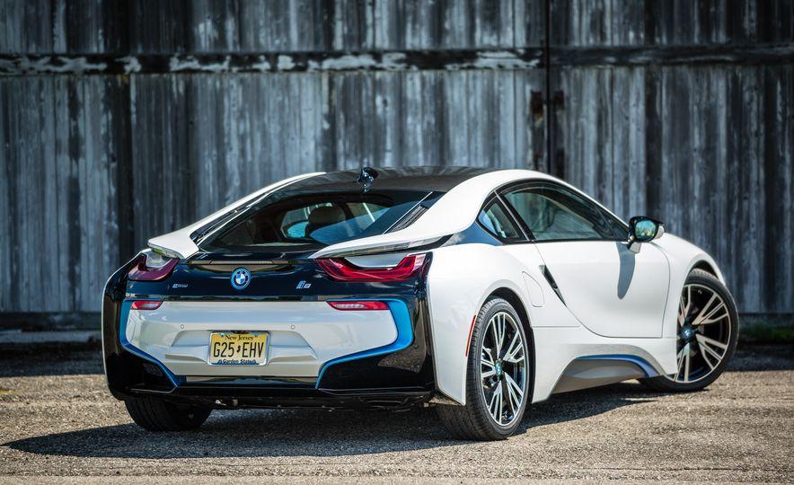 2017 BMW i8 – Overview - Slide 41