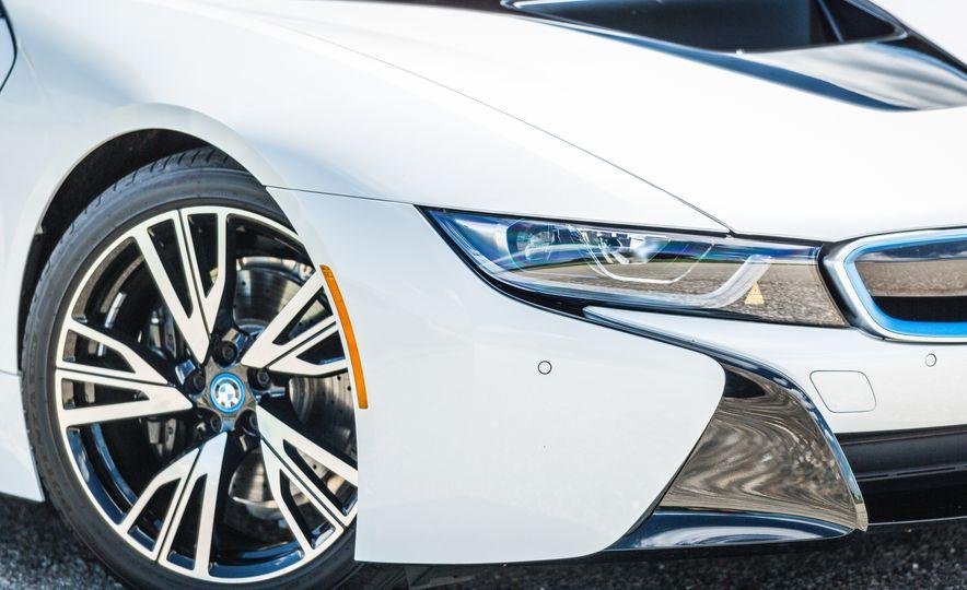 2017 BMW i8 – Overview - Slide 43