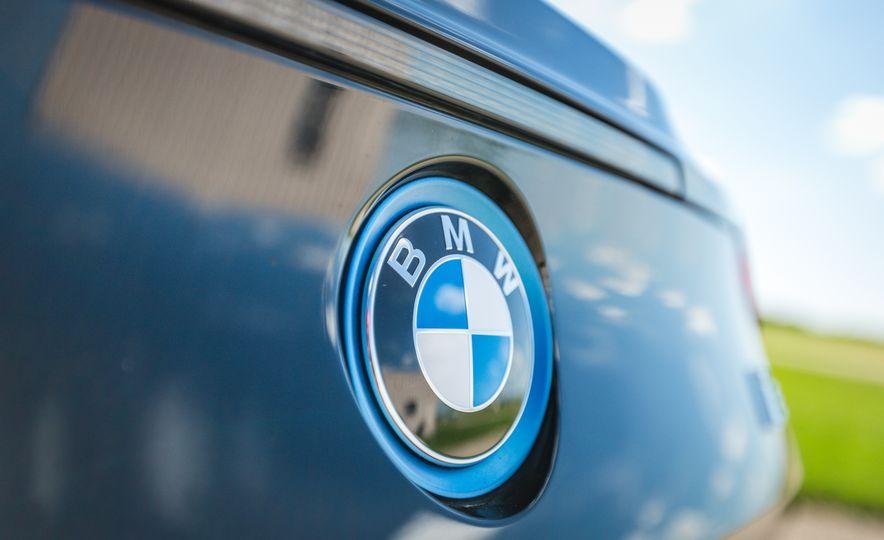 2017 BMW i8 – Overview - Slide 46