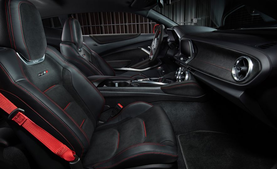 2017 Chevrolet Camaro ZL1 coupe - Slide 29