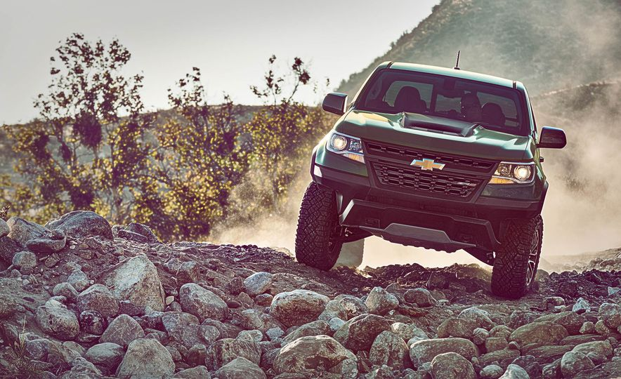 2017 Chevrolet Colorado ZR2 - Slide 1