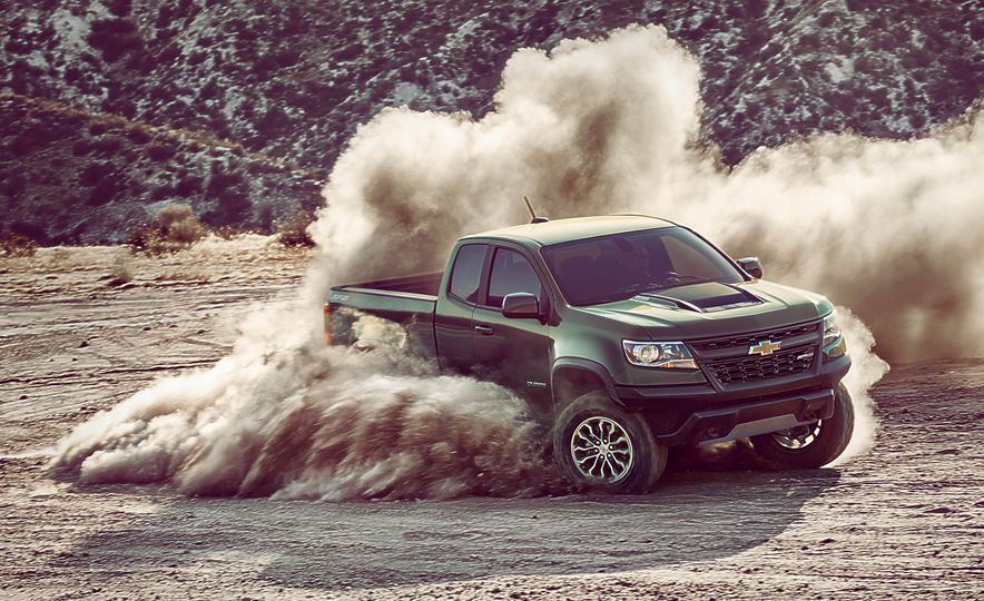 2017 Chevrolet Colorado ZR2 - Slide 2