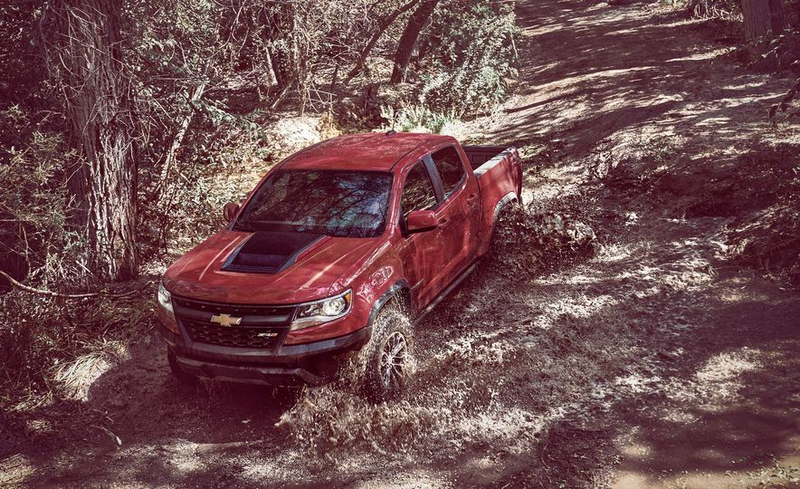2017 Chevrolet Colorado ZR2 - Slide 3