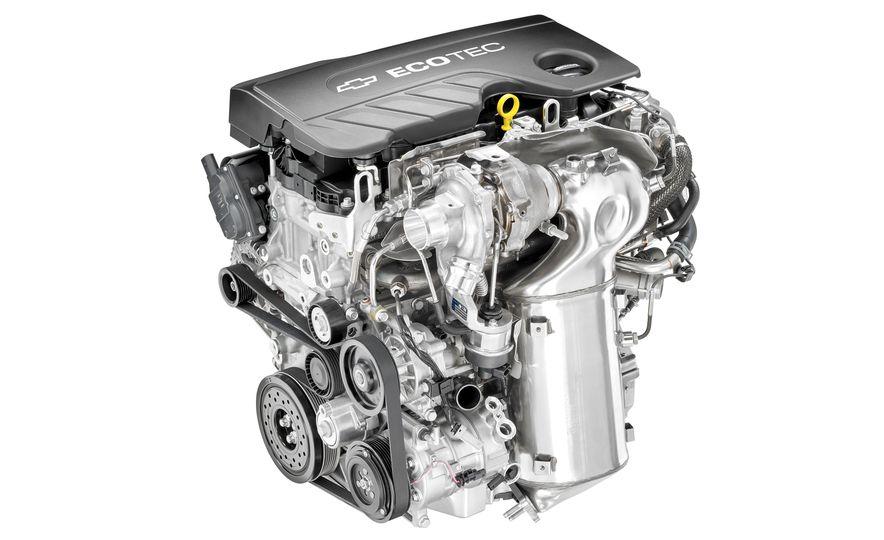 2017 Chevrolet Cruze diesel sedan - Slide 3