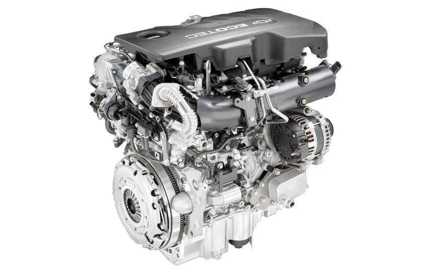 2017 Chevrolet Cruze diesel sedan - Slide 5