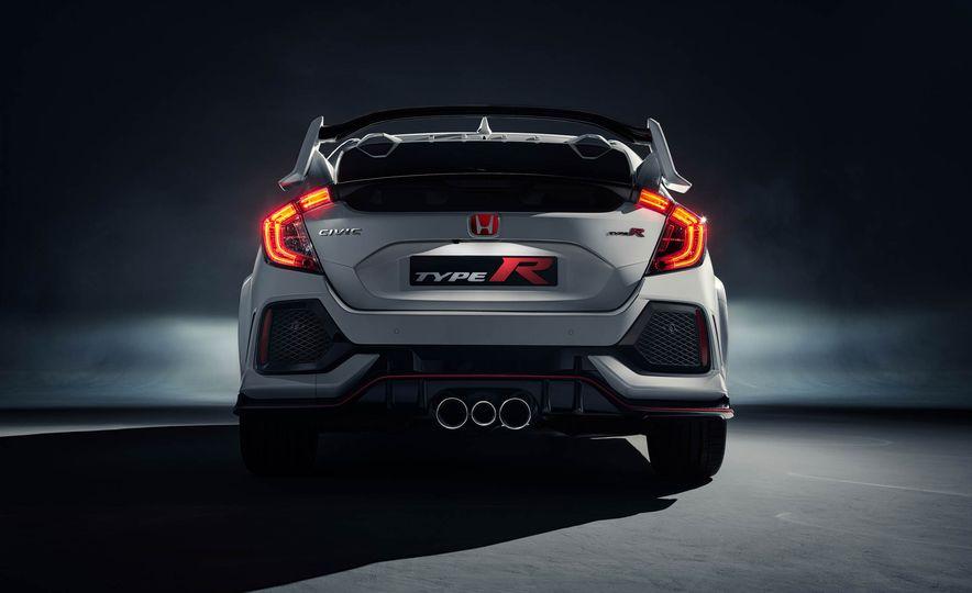 2017 Honda Civic Type R - Slide 16