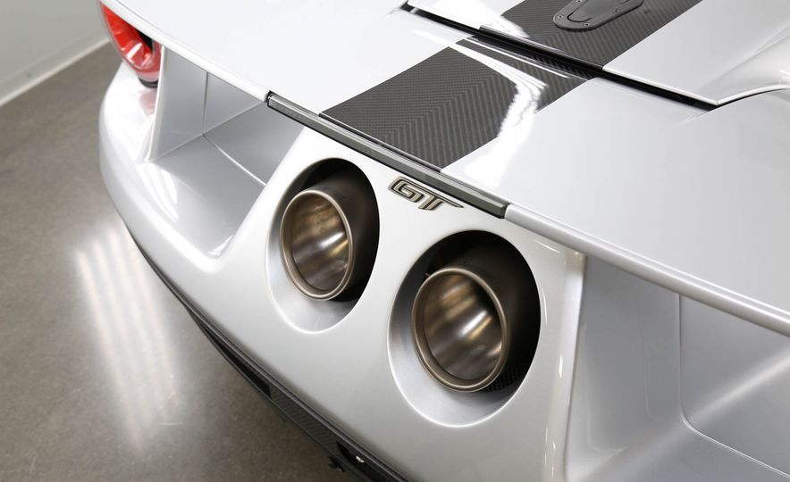 2017 Ford GT Competition Series - Slide 8