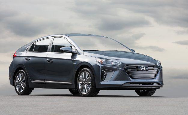 Here's How the Hyundai Ioniq Beat the Juggernaut Toyota Prius in MPG Ratings