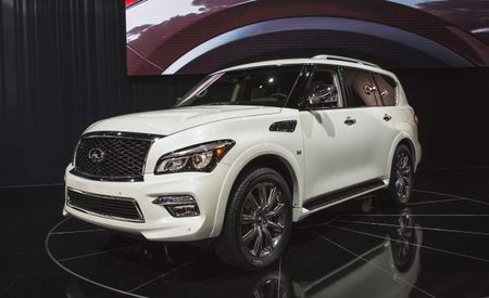 infiniti qx80 reviews infiniti qx80 price photos and specs car and driver. Black Bedroom Furniture Sets. Home Design Ideas