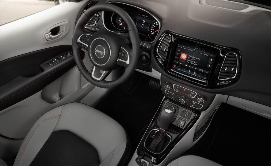2017 Jeep Compass - Slide 31