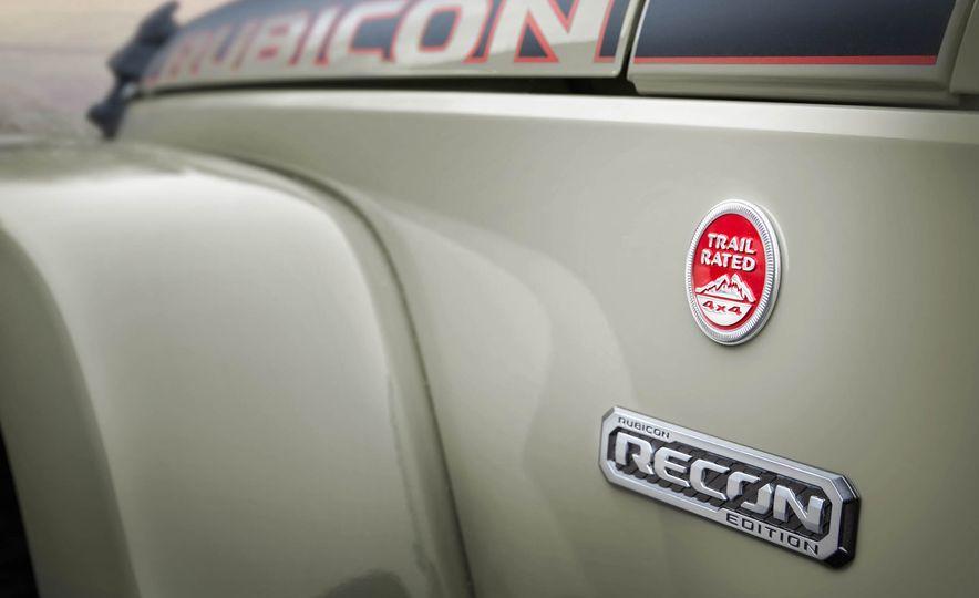 2017 Jeep Wrangler Rubicon Recon Edition - Slide 3
