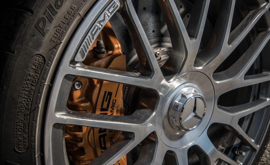 2017 Cadillac ATS-V, 2017 Alfa Romeo Giulia Quadrifoglio, 2017 BMW M3, 2017 Mercedes-AMG C63 S - Slide 37