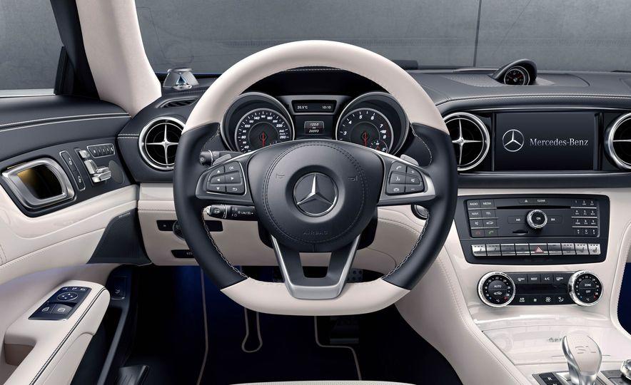 2017 Mercedes-Benz SL Roadster Designo Edition - Slide 10