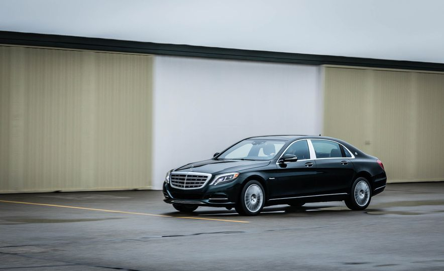 2017 Mercedes-Maybach S550 4MATIC - Slide 3