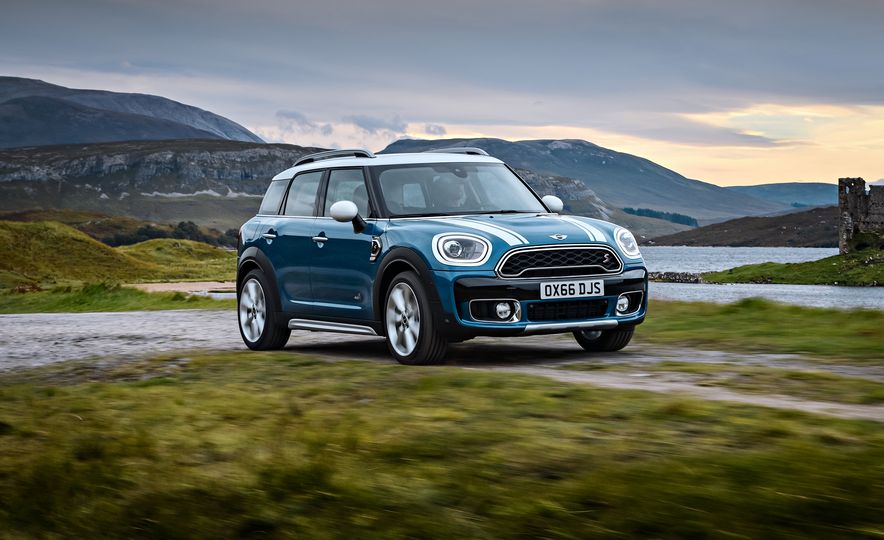 2017 Mini Cooper S Countryman ALL4 - Slide 2