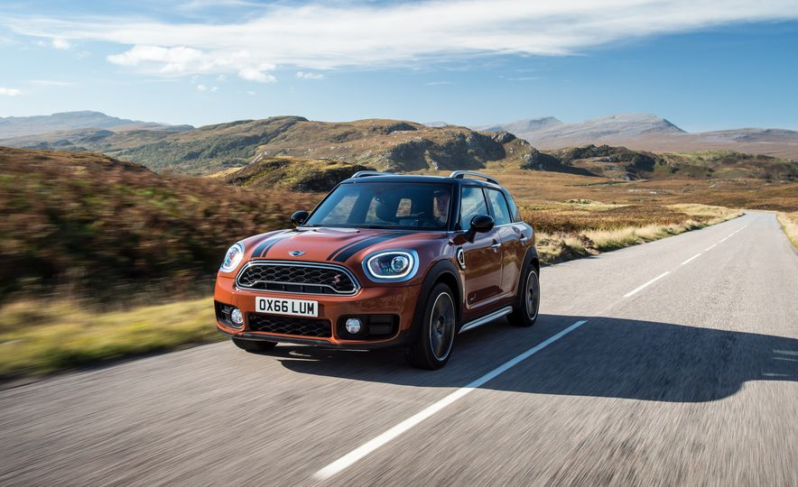 2017 Mini Cooper S Countryman ALL4 - Slide 28