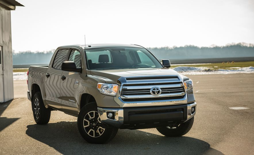 2017 Toyota Tundra – Overview - Slide 27