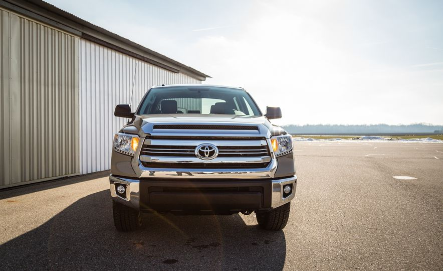 2017 Toyota Tundra – Overview - Slide 28